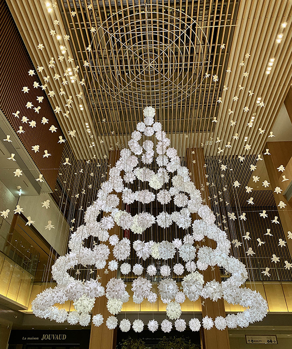 びわゆみこ「 KITTE名古屋[Heartfelt Christmas ~心からのクリスマス~]」